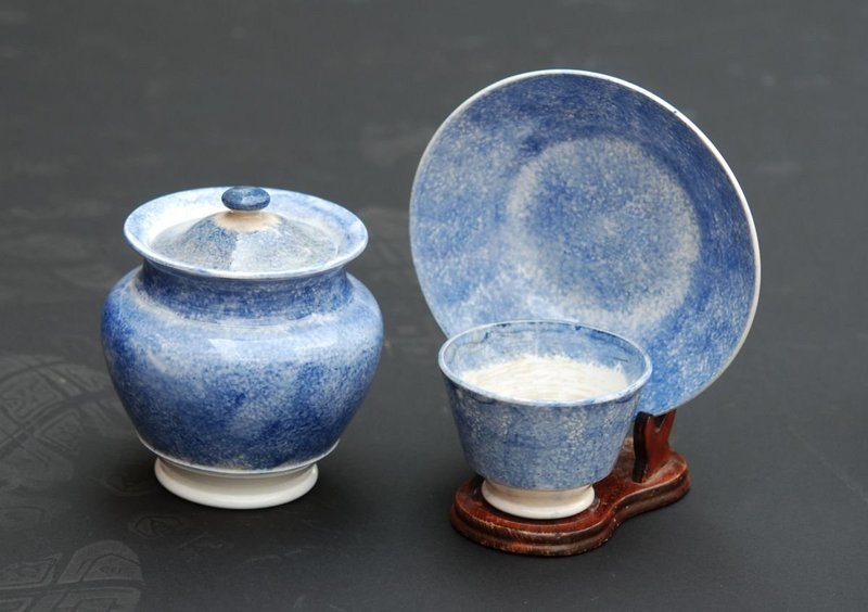 Spatterware Sugar Bowl and Cup, 19thC