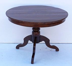 Italian Walnut Sorrento Inlaid Occasional Table, 19th C.