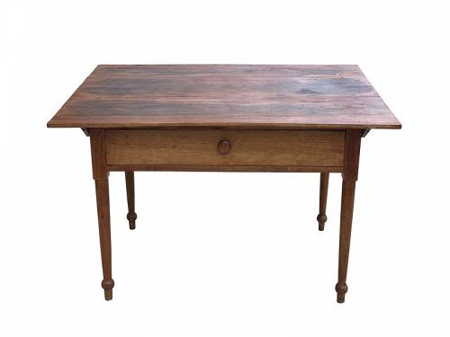 American Walnut Tavern Table, Likely PA, circa 1825
