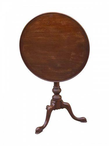 American PA WALNUT Tilt Top Candlestand, circa 1760-80