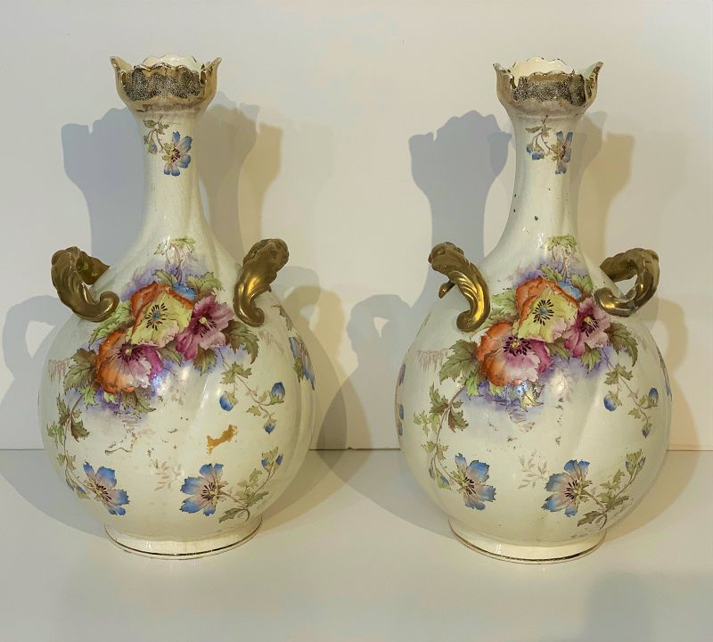 Pair of English Pottery Vases New Hall 19th Century