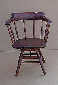 American Late Windsor Revolving Armchair, Ca. 1840