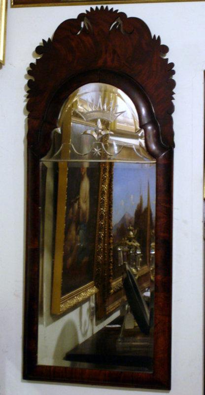 Queen Anne Walnut Mirror, early 18th C