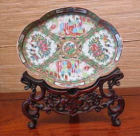 famille rose enameled  porcelain royal Canton tray