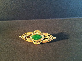 imperial green jadeite brooch in gold setting