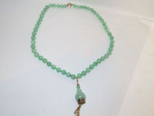 Jadeite necklace 14k gold and diamond
