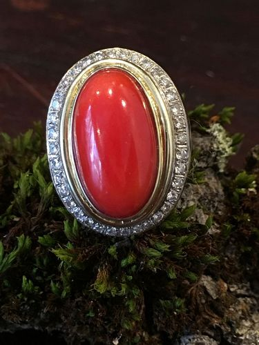 Coral diamond 14K size 7.5 ring