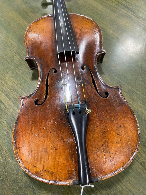 Micael Deconet 1754  Violin