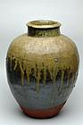Tokoname ware jar Momoyama-Edo period
