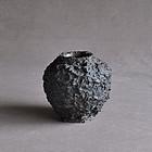 Lava boulder � Antique Japanese bronze vase