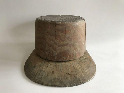 WOODEN MOLD FOR BASEBALL CAP