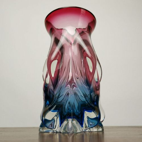 JAPANESE PSYCHEDELIC TWO-TONE GLASS VASE
