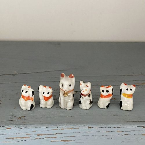 TINY LITTLE BECKONING CATS 6pc. A