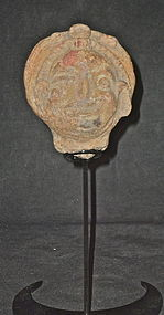 AN UNUSUAL MAYA POTTERY HEAD FRAGMENT