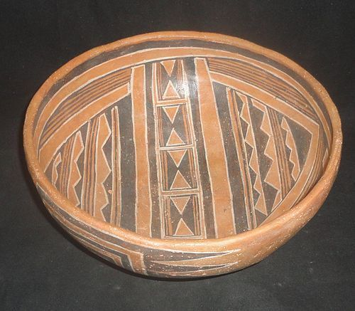 A HIGHLY SOPHISTICATED PREHISTORIC CEDAR CREEK POLYCHROME BOWL