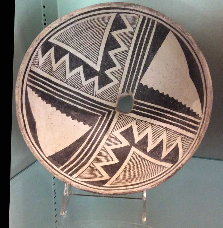A VISUALLY STRIKING MIMBRES PREHISTORIC CLASSIC PHASE BOWL