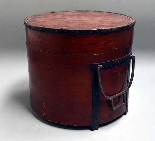 Antique Japanese Kubi-oke Head bucket, Edo period