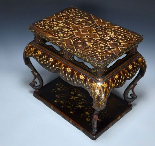 Important Early Edo p. Japanese Nanban Lacquer Table