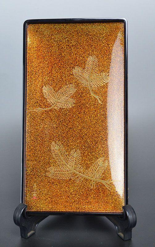 Early Spring Blossoms, Lacquer Writing Box by Inami Kirokusai
