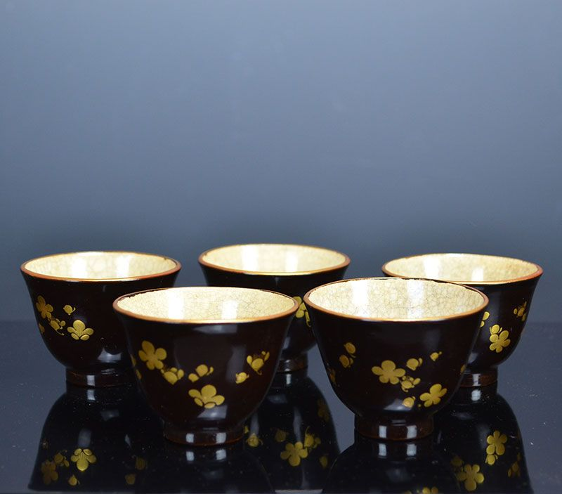 Breathtaking Toyoraku Lacquered Sencha Tea Cup Set