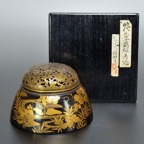 Luxurious Edo period Maki-e Lacquer Koro