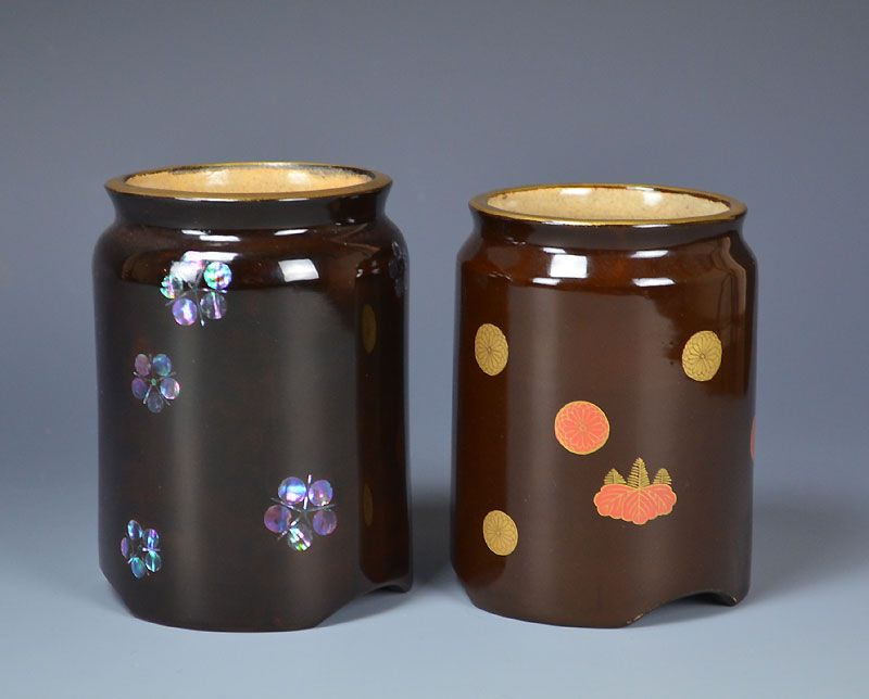 Lacquered Pottery Set w/gold maki-e and Mother of Pearl Designs