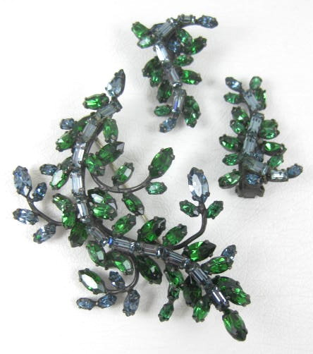 Beautiful Schreiner Rhinestone Pin and Earrings