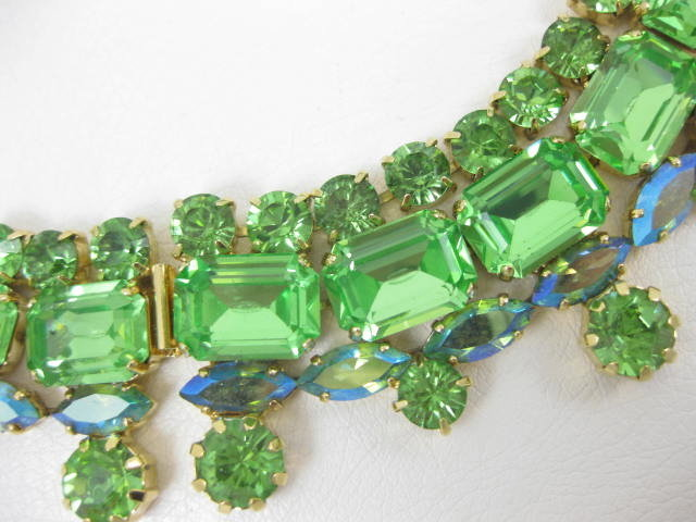 Stunning Alan Anderson Green Crystal Bib Necklace