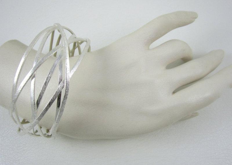 """Unusual Sikara Sterling """"Orbitz"""" Modernist Bracelet"""