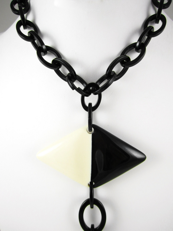 French Resin Black & Cream Necklace