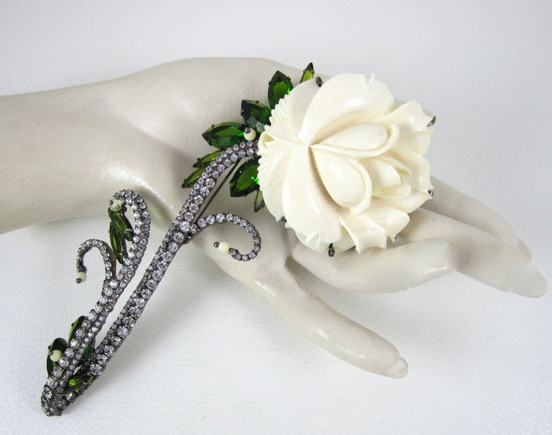 Amazing Robert Sorrell Large Ivory Flower Pin