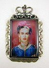 Stylish Felipe Barbosa Frida Kahlo Pendant