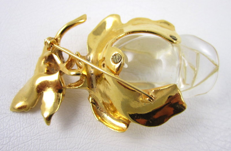 Gorgeous Carved Lucite Jelly Belly Rosebud Pin