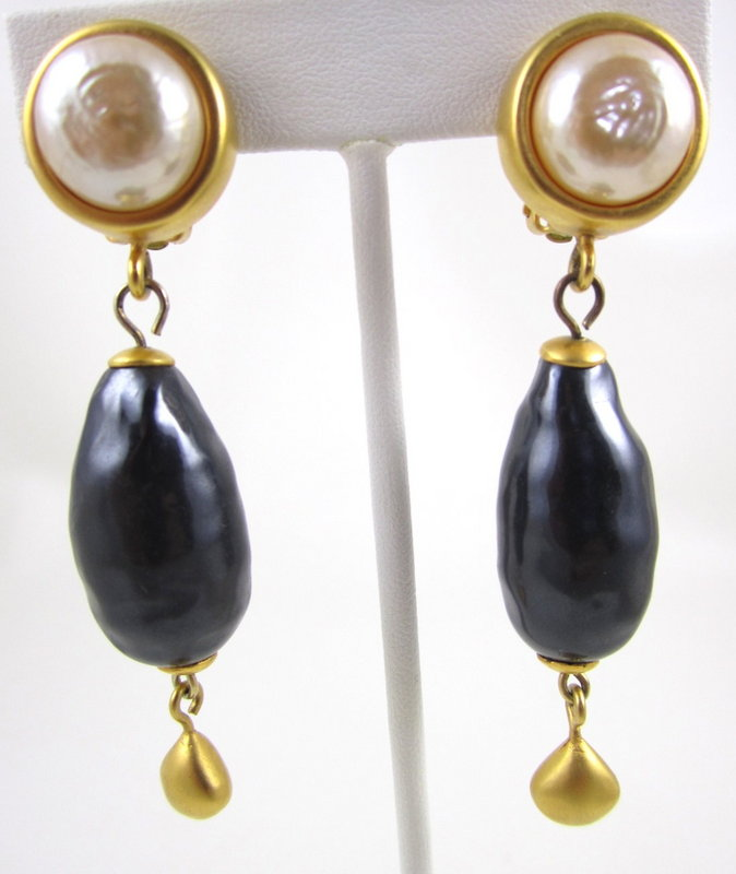 Classic Karl Lagerfeld Gray Pearl Drop Earrings