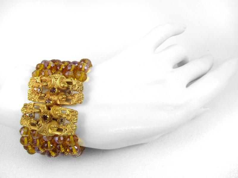 Luxurious Barbosa Yellow Crystal Beaded Bracelet