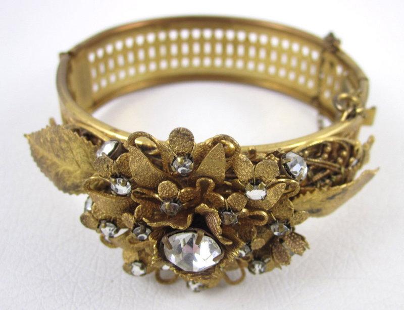 Delicate Miriam Haskell Filigree Pearl Bracelet