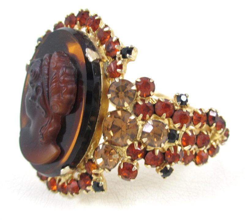 Juliana Delizza & Elster Art Glass Cameo Bracelet