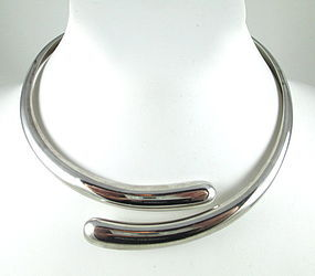 Classic Sigi Pineda Sterling Modernist Necklace