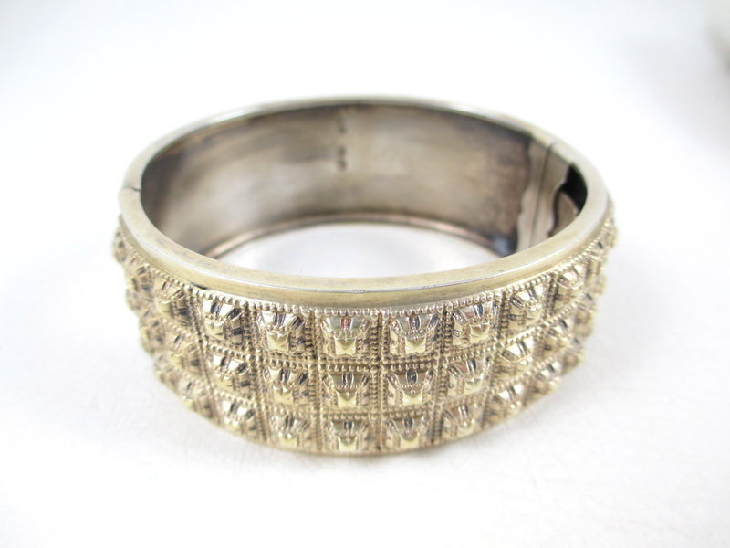 Gorgeous English Sterling Victorian Bangle Bracelet