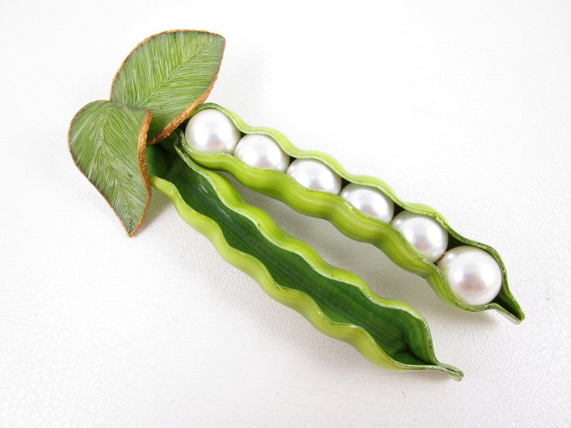 Large Whimsical Cilea Paris Resin Pea Pod Pin