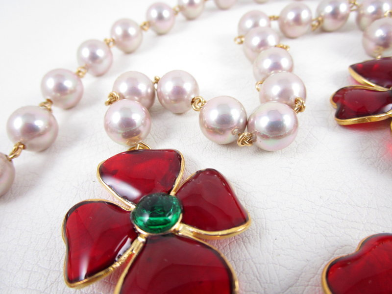 Classic Chanel Inspired Gripoix Glass Camelia Sautoir Necklace