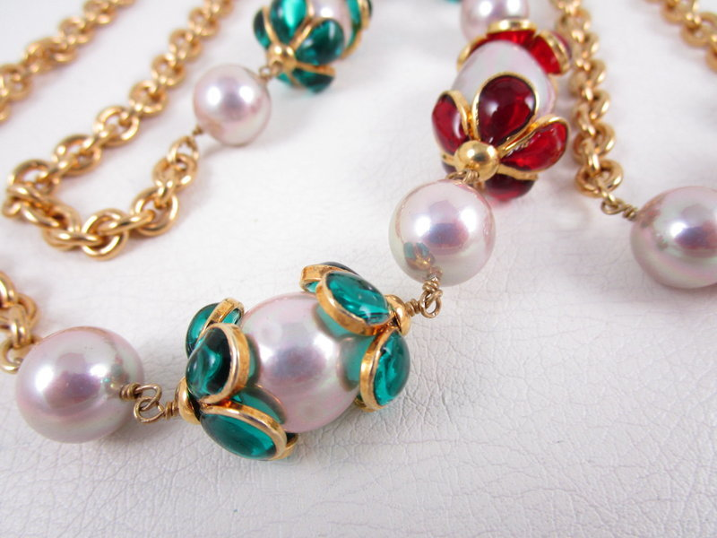 Gorgeous Chanel Inspired Gripoix Glass and Pearl Necklace