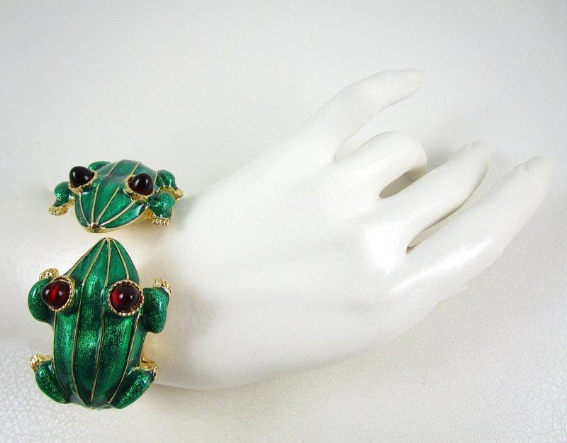 Dramatic Kenneth Jay Lane Enamel Frog Clamper Bracelet