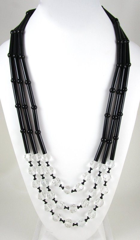 Elegant Pierre Cardin Black Glass Faceted Crystal Necklace