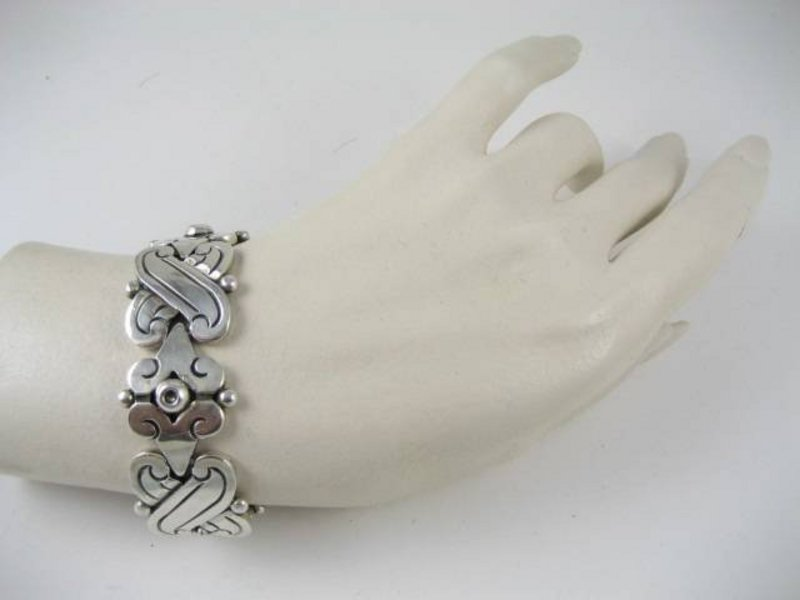 Beautiful Hector Aguilar Fertility Bracelet