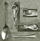 "Old Reed & Barton ""Intaglio"" Sterling Silver Place or Dessert Spoon"