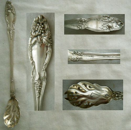 "International Sterling Silver ""Cloeta"" (Grape) Ideal Olive Spoon"
