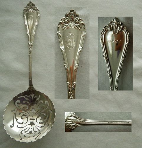 "Durgin ""Madame Royale"" Sterling Silver Pierced Bowl Pea Spoon"