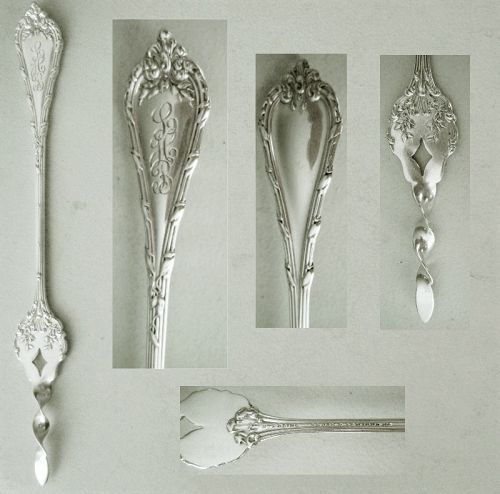 "Durgin ""Madame Royale"" Original Sterling Silver Butter Pick"