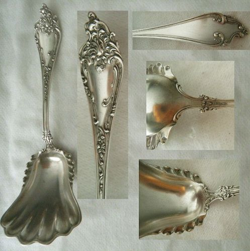 """Watson """"Altair"""" Sterling Silver Nut or Other Scoop"""